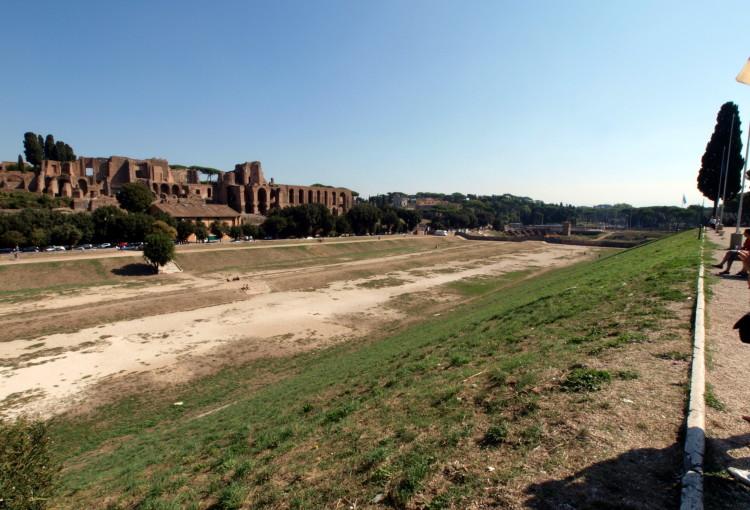 Private Vespa Tour In Rome Vespa Rental In Rome
